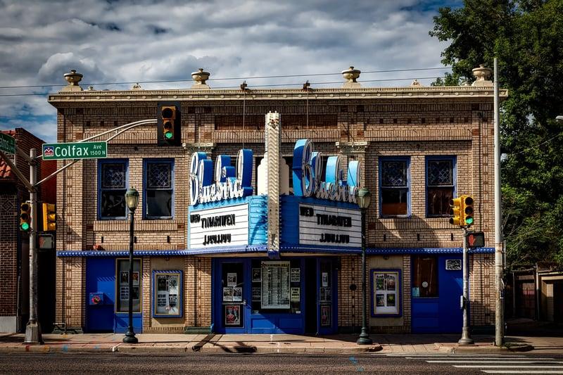 architecture-bluebird-theatre-building-208647