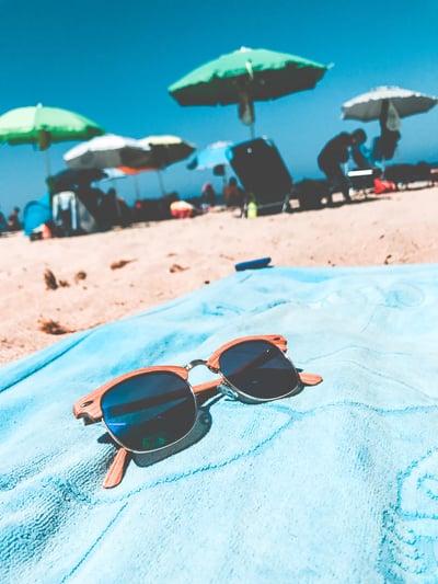 beach-chair-daylight-861166
