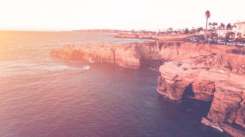 beach-cliff-dawn-926560
